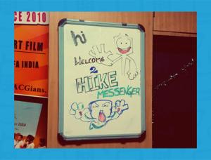 В Hike появились новости на хинди